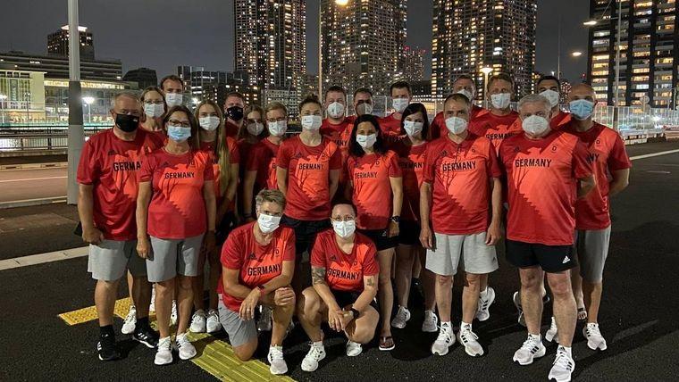 Foto: DSB / Das DSB-Team in Tokio (ohne den da noch fehlenden Detlef Glenz).